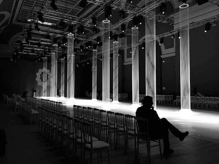 LANYU-巴黎时装周秀场空间设计04