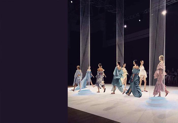LANYU-巴黎时装周秀场空间设计05
