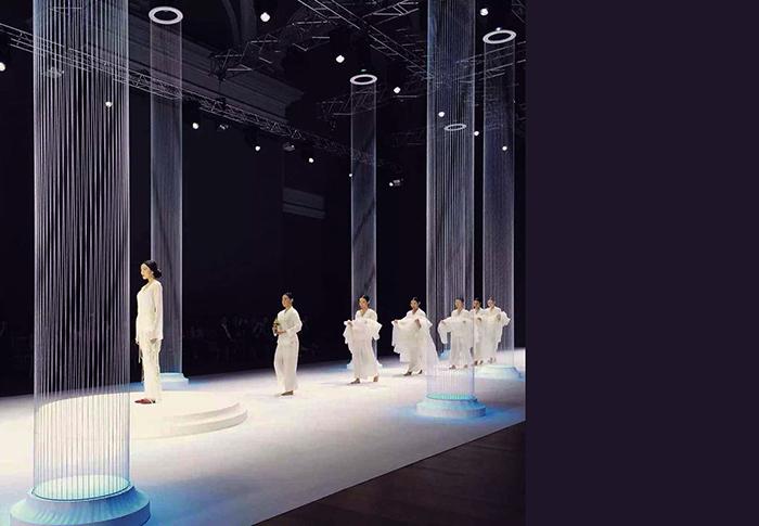 LANYU-巴黎时装周秀场空间设计07